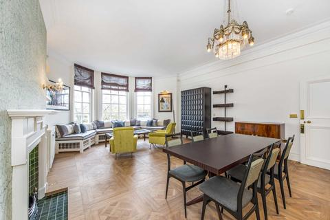 2 bedroom apartment to rent - Chelsea Embankment, SW3
