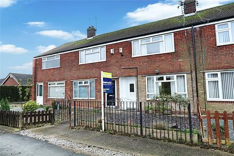 2 bedroom terraced house - Weghill Road, Preston, Hull, HU12