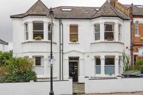 2 bedroom flat for sale - Denton Road, N8