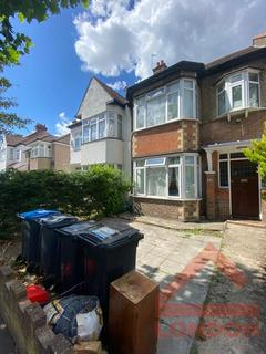 4 bedroom house share to rent - Shirley Park Road, East Croydon CR0