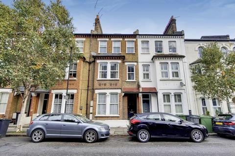 1 bedroom flat for sale - Heyford Avenue, London SW8