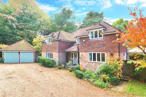 5 bedroom detached house for sale - Bates Hill, Ightham, Sevenoaks, Kent, TN15
