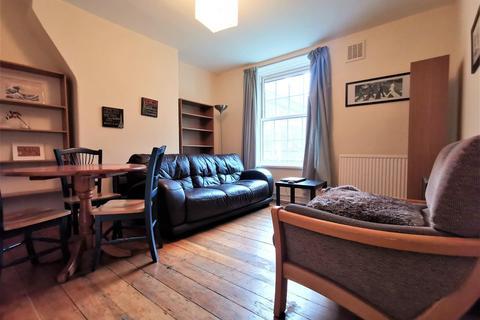 3 bedroom flat to rent - Rushton House, Albion Avenue, London