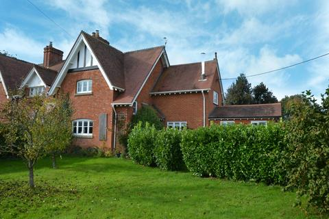 3 bedroom terraced house for sale - Bromham WILTSHIRE