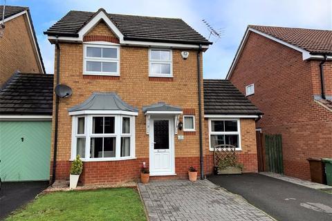 3 bedroom link detached house for sale - Kempton Park Court, Chippenham, Wiltshire, SN14