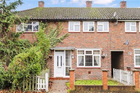 3 bedroom terraced house for sale - Dartmouth Green, Sheerwater, Woking, Surrey