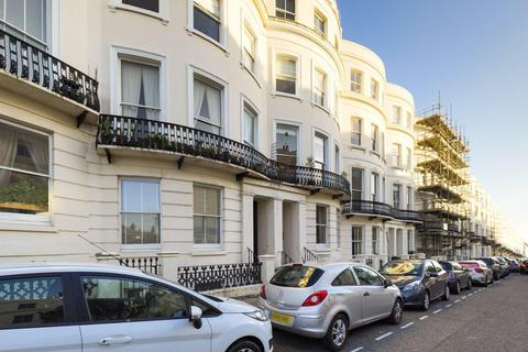 1 bedroom flat for sale - Lansdowne Place, Hove