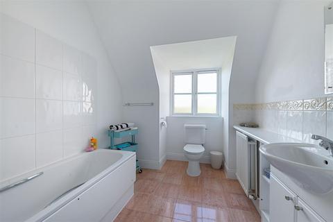 2 bedroom apartment for sale - 107 London Road, Brentford