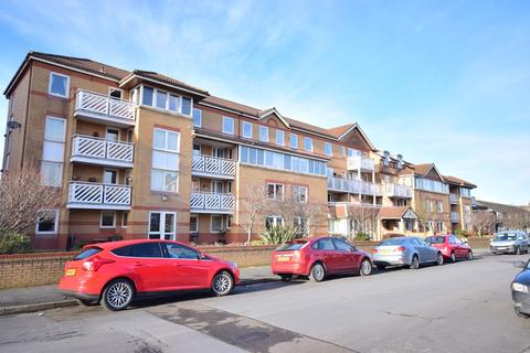 2 bedroom apartment for sale - Poplar Court, Kings Road, Lytham St Annes, FY8