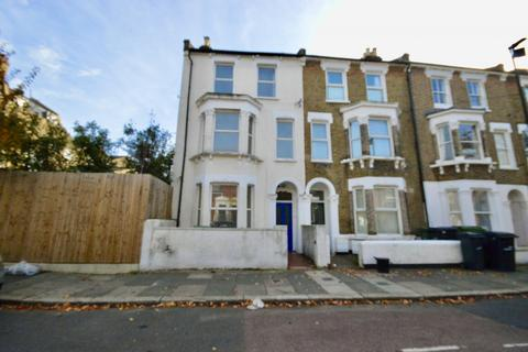 4 bedroom end of terrace house for sale - Brixton, SW2