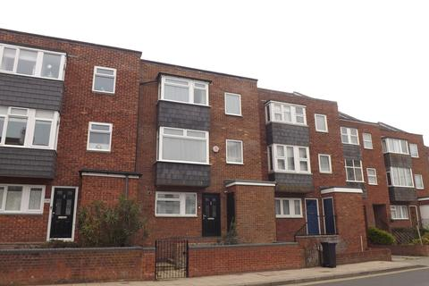 3 bedroom townhouse for sale - Clarendon Road, Southsea, Portsmouth PO4