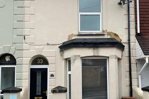 2 bedroom terraced house for sale - Seaview Road, Gillingham, Kent, ME7