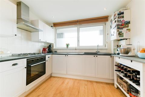 1 bedroom apartment for sale - Bell Drive, Southfields