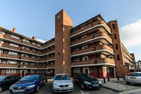 2 bedroom flat - Falmouth Road, Elephant and Castle