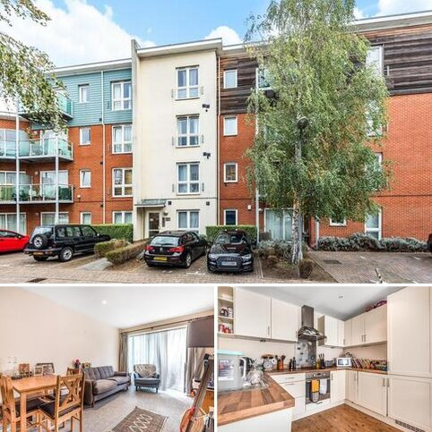 2 bedroom flat for sale - Medhurst Drive, Bromley