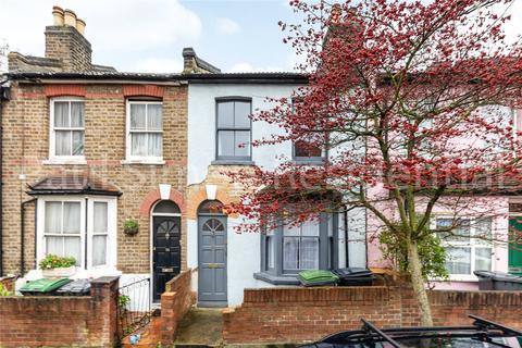 2 bedroom terraced house - Cumberland Road, London, N22