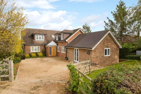 4 bedroom detached house for sale - Buckland, Aylesbury, Buckinghamshire, HP22