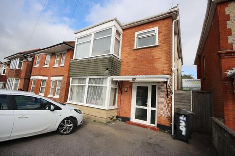 7 bedroom detached house to rent - Bengal Road BOURNEMOUTH