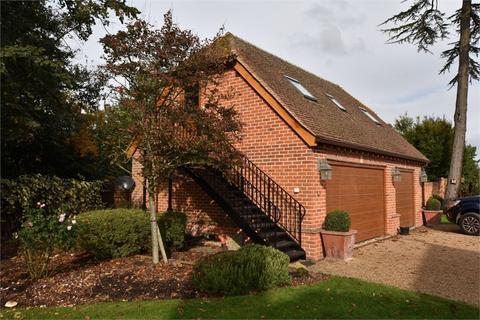 1 bedroom flat to rent - Dukesmead, Binfield Lodge, Twyford Road, Binfield, Berkshire