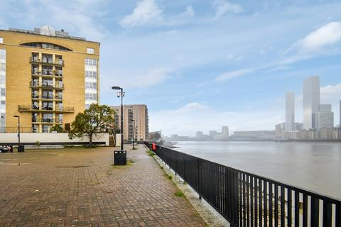 2 bedroom flat for sale - King Frederick Ninth Tower, Rotherhithe SE16