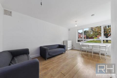 5 bedroom house share to rent - Birchmore Walk, London, N5