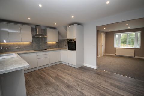 3 bedroom detached house for sale - Wardle Road, Wardle