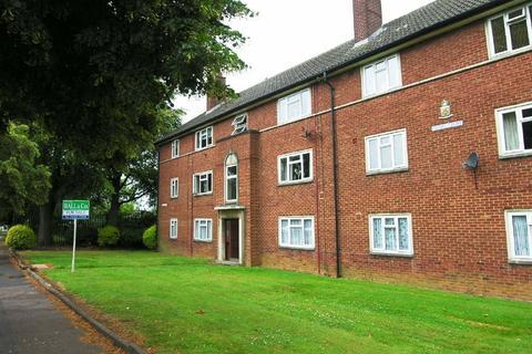 2 bedroom apartment to rent - Priors Court, Priors Road, Lynworth, Cheltenham, GL52