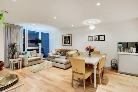 2 bedroom flat - Clapham Road, London SW9