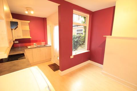 2 bedroom terraced house to rent - Melrose Street