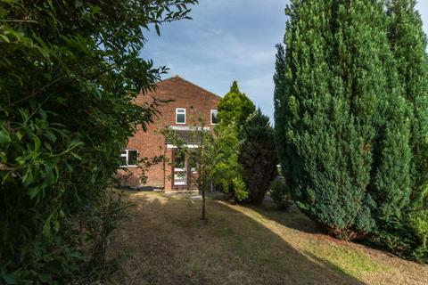 3 bedroom house to rent - Goudhurst Close, Canterbury