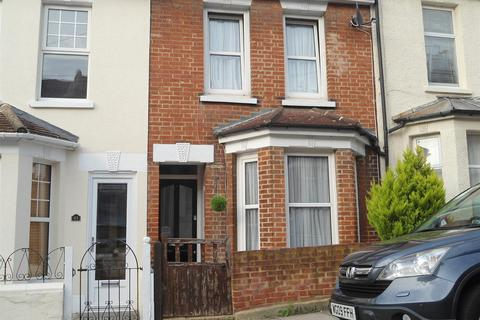 3 bedroom terraced house to rent - Cecil Road, Rochester