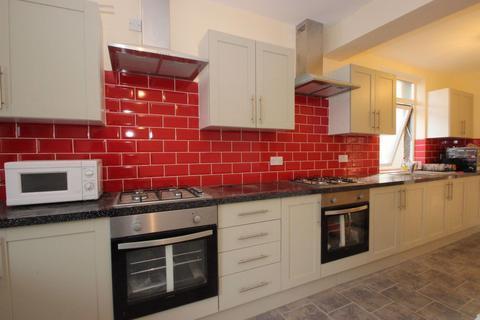 5 bedroom property to rent - Green Road, Headington