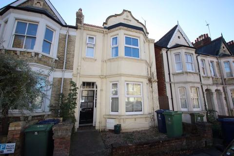 5 bedroom house to rent - Divinity Road, Cowley