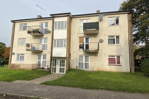 3 bedroom flat for sale - Aldykes, Hatfield
