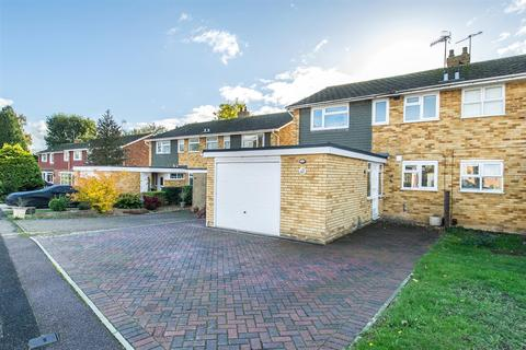 4 bedroom semi-detached house for sale - Cranford Road, Tonbridge