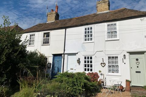 2 bedroom terraced house to rent - Mill Road, Hythe, CT21
