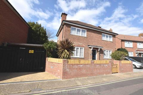 3 bedroom detached house for sale - Jamaica Place, Gosport