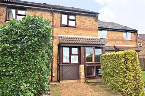 2 bedroom terraced house - Lancaster Way, ABBOTS LANGLEY, Hertfordshire
