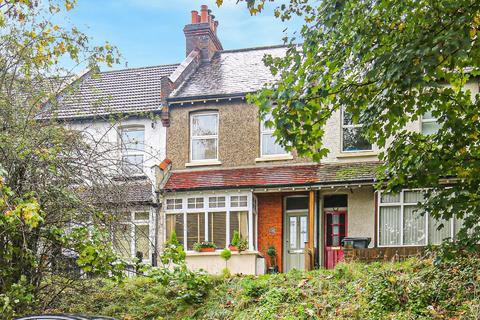 3 bedroom terraced house - Stoats Nest Road, Coulsdon, Surrey, CR5 2JG