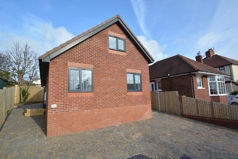 3 bedroom detached bungalow for sale - St Louis Avenue, Blackpool, FY3 7EJ