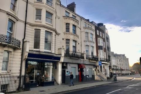 Property to rent - 74 Grand Parade, Brighton