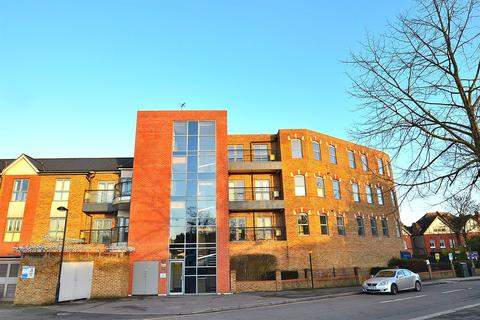 2 bedroom apartment to rent - Evergreen Apartments, High Road, Woodford Green, IG8