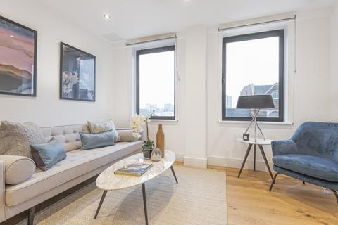 1 bedroom flat to rent - St Johns Hill London SW11