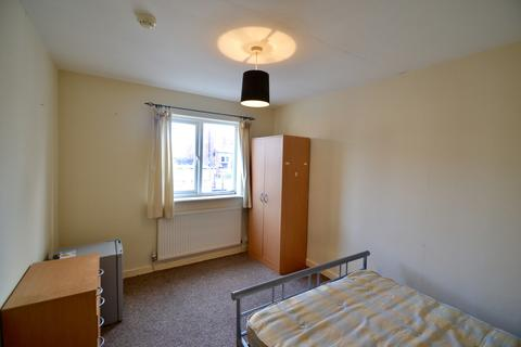1 bedroom flat to rent - Holme Street, Hyde, SK14 1LG