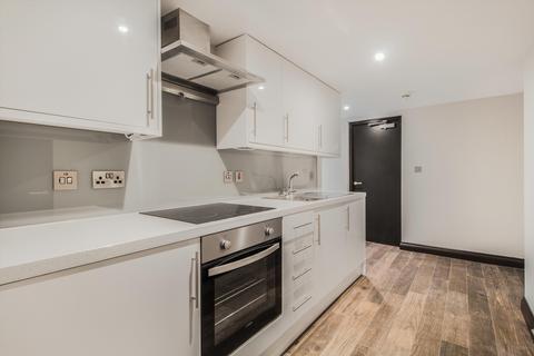 2 bedroom flat - Gloucester Terrace, London, W2