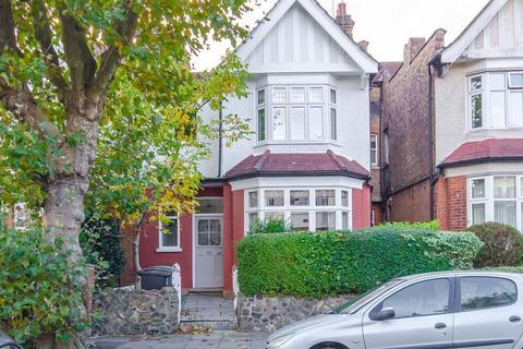 2 bedroom flat - Midhurst Avenue, N10