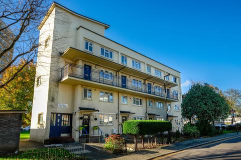 2 bedroom flat for sale - Winkfield Road, N22