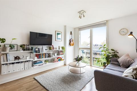 2 bedroom flat - Judd Apartments, Great Amwell Lane, London