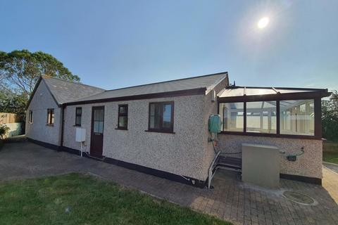 3 bedroom detached bungalow to rent - Penhale Road, Carnhell Green