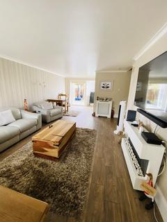 4 bedroom semi-detached house to rent - Lomond Avenue, Caversham